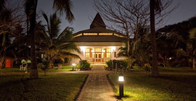 10 Best Solar LED Landscape Lights